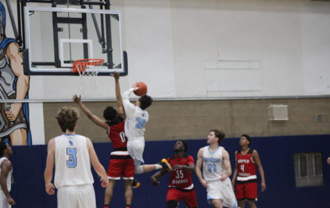 UC Basketball Battles for First Place in League