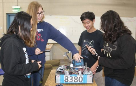 UC High Robotics Club Connects Students With a Passion For STEAM
